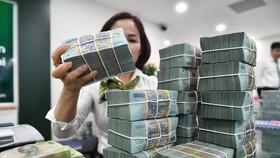 Ngân hàng lo rủi ro nợ xấu, DN khó tiếp cận vốn giữa đại dịch.