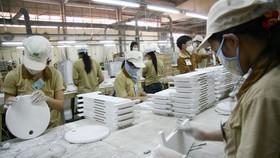 Doanh nghiệp nước ngoài đồng kiến nghị: Chậm mở cửa, cơ hội đầu tư sẽ không quay trở lại Việt Nam