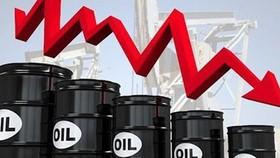 Lần đầu tiên trong lịch sử: Giá dầu rơi xuống mức dưới 0!