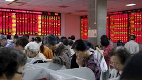 Đằng sau đà tăng phi mã của TTCK Trung Quốc: Nhà đầu tư bán nhà để mua cổ phiếu