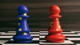 """Đàm phán đầu tư EU-Trung Quốc: """"Không có tiến bộ"""""""