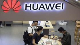 Mỹ ban bố thêm lệnh cấm mới với Huawei Trung Quốc