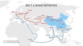 Bản đồ về Con đường tơ lụa - màu đỏ là vành đai kinh tế, màu xanh là đường biển  Ảnh: Silk Road Briefing