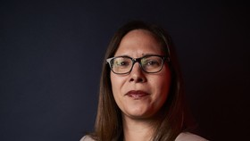 Laura Rosenberger từng là cố vấn chính sách đối ngoại cho chiến dịch tranh cử tổng thống năm 2016 của Hillary Clinton