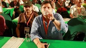 Atul và Rajesh Gupta tại một hội nghị ANC năm 2012. Hai người có liên quan đến tham nhũng ở Nam Phi © Getty Images