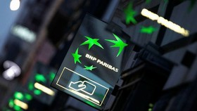 BNP is one of several banks facing complaints from corporate clients in Spain over the alleged mis-selling of foreign exchange derivatives © Alamy