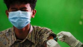 Chích ngừa Covid ở Indonesia. @Reuters