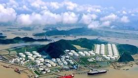 """Trịnh Châu chỉ là dạo đầu, In-fa hóa siêu bão: Sức mạnh đáng sợ trực chỉ """"kho báu"""" chiến lược của TQ"""
