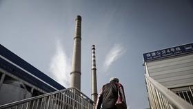 Nhà máy nhiệt điện Beijing Jingneng Power Co. ở Bắc Kinh Ảnh: Caixin Global