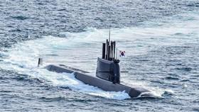 Tàu ngầm Dosan Ahn Chang-ho lớp 3.000 tấn của Hàn Quốc có khả năng phóng tên lửa đạn đạo. (Ảnh: News Directory3/TTXVN)