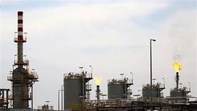 Toàn cảnh một cơ sở lọc dầu của Iraq ở Zubair, tỉnh miền Nam Basra. (Ảnh: AFP/TTXVN).