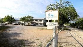 Lối vào khu phức hợp Bộ viện trợ Cơ đốc giáo tại Port-au-Prince, Haiti. Ảnh: Reuters