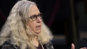 Chính quyền Biden tuyên bố người chuyển giới Rachel Levine là 'nữ đô đốc bốn sao đầu tiên'