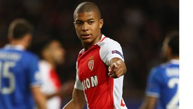Theo David Trezeguet, Kylian Mbappe không nên vội vàng rời khỏi Monaco