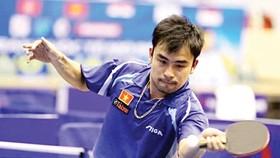 Kinh nghiệm dày dạn của Trần Tuấn Quỳnh sẽ là chỗ dựa cho các tay vợt trẻ trong mục tiêu lật đổ sự thống trị của Singapore Ảnh: HUY THẮNG