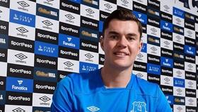 Keane đến Everton vì Koeman
