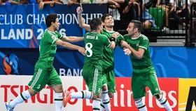 NAFIT Al-Wasat gây ấn tượng tại bảng B. Ảnh: T.L