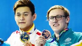 """Mack Horton (phải) và Sun Yang giờ đây đã là """"tử địch"""" của nhau."""