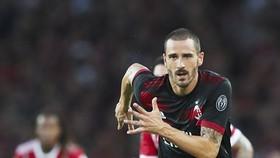 Leonardo Bonucci khoác áo Milan trong trận thắng Bayern Munich