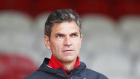 HLV Pellegrino đang gặp khó trước bối cảnh chuyển nhượng của Southampton.
