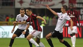 Milan (giữa) hứa hẹn sẽ tiếp tục thắng Shkendija.