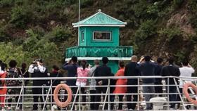 Cuộc sống biên giới Trung Quốc - Triều Tiên:  Những ngày nóng bỏng