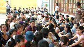 Bà Rịa - Vũng Tàu: Công nhân ngưng việc vì thưởng tết thấp