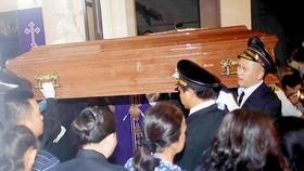 Linh cữu Đức Tổng Giám mục Phaolô Bùi Văn Đọc về đến TPHCM