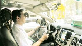 Sôi động cuộc chiến taxi công nghệ