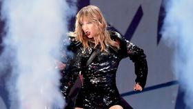Taylor Swift lưu diễn quảng bá album Reputation