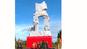 Khánh thành Tượng đài chiến sĩ CAND vũ trang bảo vệ giới tuyến