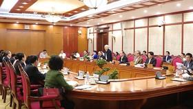 TPHCM lên kế hoạch giảm họp