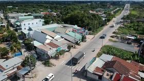 Tỉnh lộ 9 qua huyện Củ Chi                       Ảnh: CAO THĂNG
