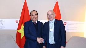 Ký Thỏa thuận hợp tác về xây dựng Trung tâm cách mạng công nghiệp 4.0 tại Việt Nam