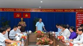 Bí thư Thành ủy TPHCM Nguyễn Thiện Nhân  phát biểu trong buổi làm việc với quận 4       Ảnh: Việt Dũng