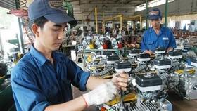 Sản xuất lắp ráp linh kiện tại nhà máy có vốn FDI. Ảnh: CAO THĂNG