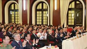 Các đồng chí lãnh đạo Đảng và Nhà nước dự lễ khai giảng. Ảnh: TTXVN