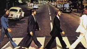 """""""Abbey Road"""" của The Beatles ôm trọn hào quang khi trở lại sau 50 năm. Ảnh: creatiview.net"""