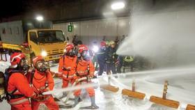 Diễn tập phương án chữa cháy, cứu nạn cứu hộ tại đường hầm sông Sài Gòn