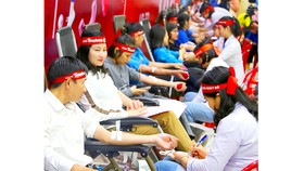 Ngày Chủ nhật đỏ đã thu hút được hơn 1.000 cán bộ, công chức, viên chức, người lao động, đoàn viên, thanh niên đến từ các cơ quan, đơn vị trên địa bàn tỉnh Hà Tĩnh tham gia