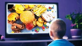Trẻ em - nạn nhân của quảng cáo và biến đổi khí hậu