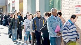 Hiện có hơn 20 triệu người Mỹ đăng ký thất nghiệp