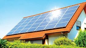 Ngày càng nhiều nhà ở Anh lắp pin năng lượng Mặt trời
