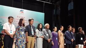 Ban chấp hành nhiệm kỳ VIII của Hội Điện ảnh TPHCM. Ảnh: NLD