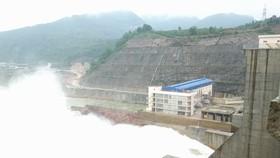 Hồ thủy điện Hương Điền điều tiết nước về hạ du