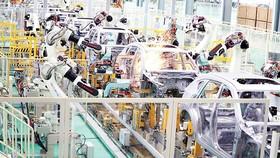 """Robot """"giành"""" lấy 85 triệu việc làm trong 5 năm tới"""