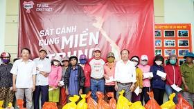 Heineken Việt Nam sát cánh người dân miền Trung vượt khó