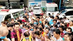 Việc tham gia nhiều hoạt động thiện nguyện cùng fanclub của mình giúp ca sĩ Nguyễn Phi Hùng được nhiều người yêu mến