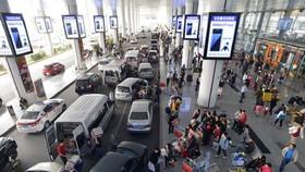 Bộ GTVT chỉ đạo chấn chỉnh việc phân làn, phân luồng tại sân bay Tân Sơn Nhất