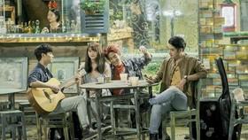 Không có quỹ điện ảnh Việt, các nhà làm phim độc lập tự loay hoay tìm kinh phí làm phim (ảnh phim Sài Gòn trong cơn mưa)